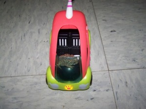 Yeah, it's not every day you see a toad drive by in a neon pink & yellow car in a living room is it? I can only hope our daughter will get to expeirence the joy of toads driving in her house one day :)